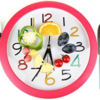 Asocian cenar temprano con un menor riesgo de sufrir cáncer de mama y próstata