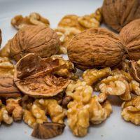 El consumo de nueces reduce las concentraciones sanguíneas de colesterol y triglicéridos