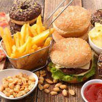 Se triplicó el consumo de alimentos ultraprocesados, los grandes responsables de la epidemia de obesidad