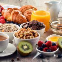 El desayuno ¿no es la comida más importante? Estudio no encuentra evidencia de que beneficie a bajar de peso