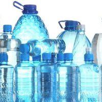 Preocupación. Consumidores encontraron altos niveles de arsénico en marcas de agua embotellada en EEUU y México