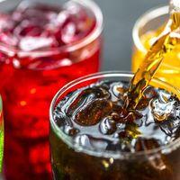 Nuevo estudio sugiere un vínculo entre bebidas azucaradas y riesgo de cáncer