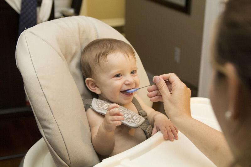 La OMS advierte sobre el exceso de azúcar en alimentos para bebés