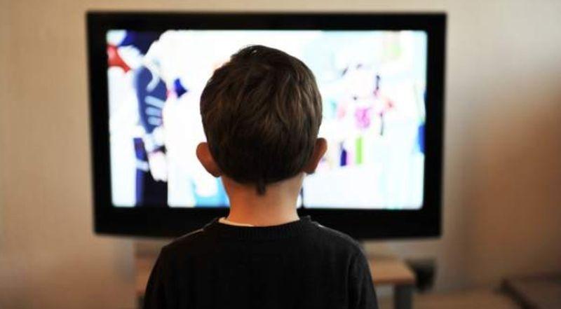 A más tiempo frente a la pantalla, más riesgo de obesidad