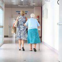 Un documento recoge pautas para prevenir y detectar la desnutrición en ancianos institucionalizados