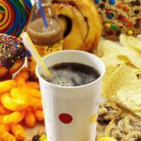 Los alimentos ultraprocesados podrían aumentar el riesgo de cáncer