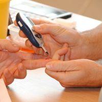 Es tiempo de reevaluar la forma de comunicarnos con nuestros pacientes con diabetes.