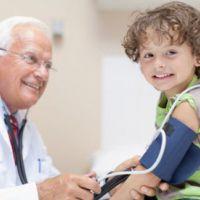 Advierten por casos de hipertensión en chicos: consejos para prevenir