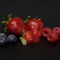 Consumir frutos rojos para alejar al cáncer